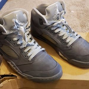 Nike Air Jordan Retro 5's - Wolf Grey